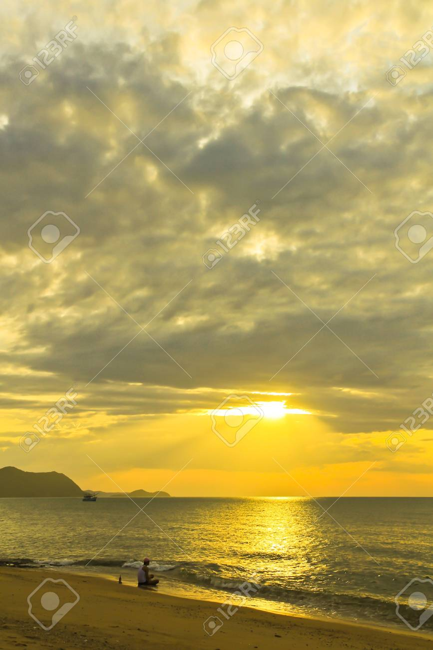 Sunset at the beach in Thailand Stock Photo - 11954355