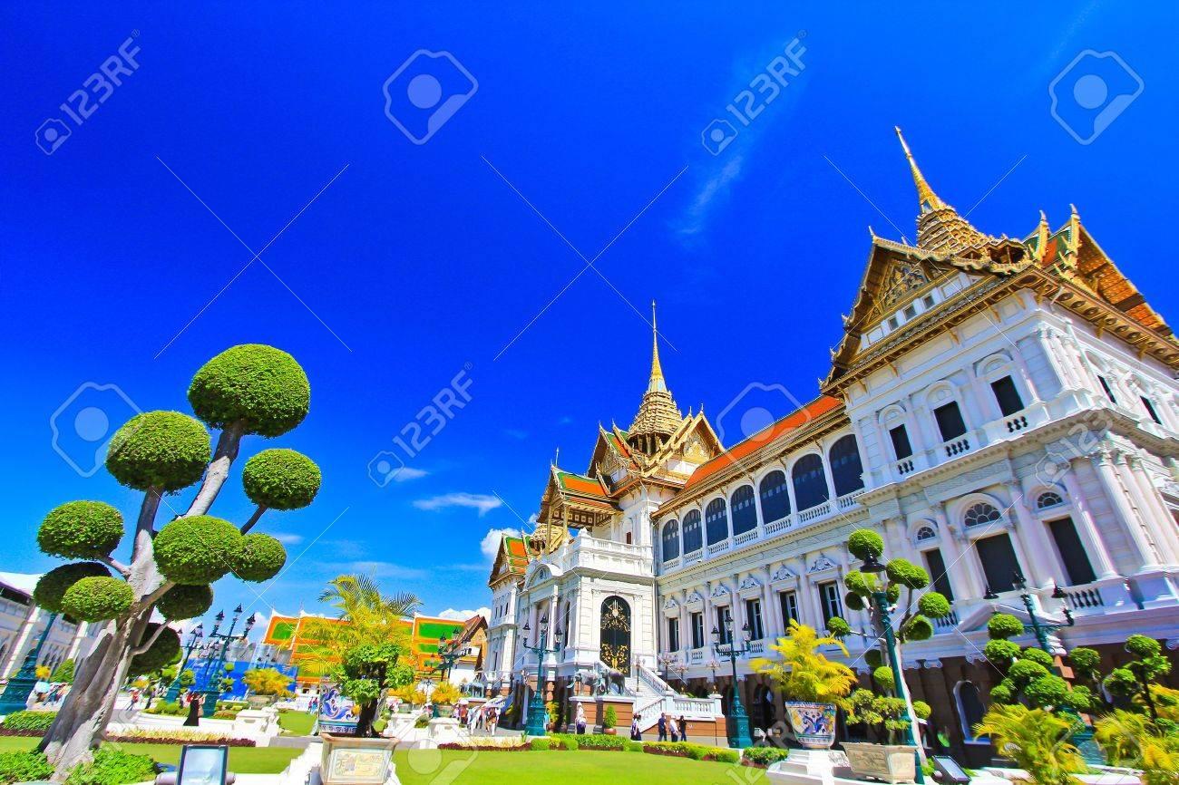 Thai temple The Royal Grand Palace, Bangkok, Thailand  Stock Photo - 14762373