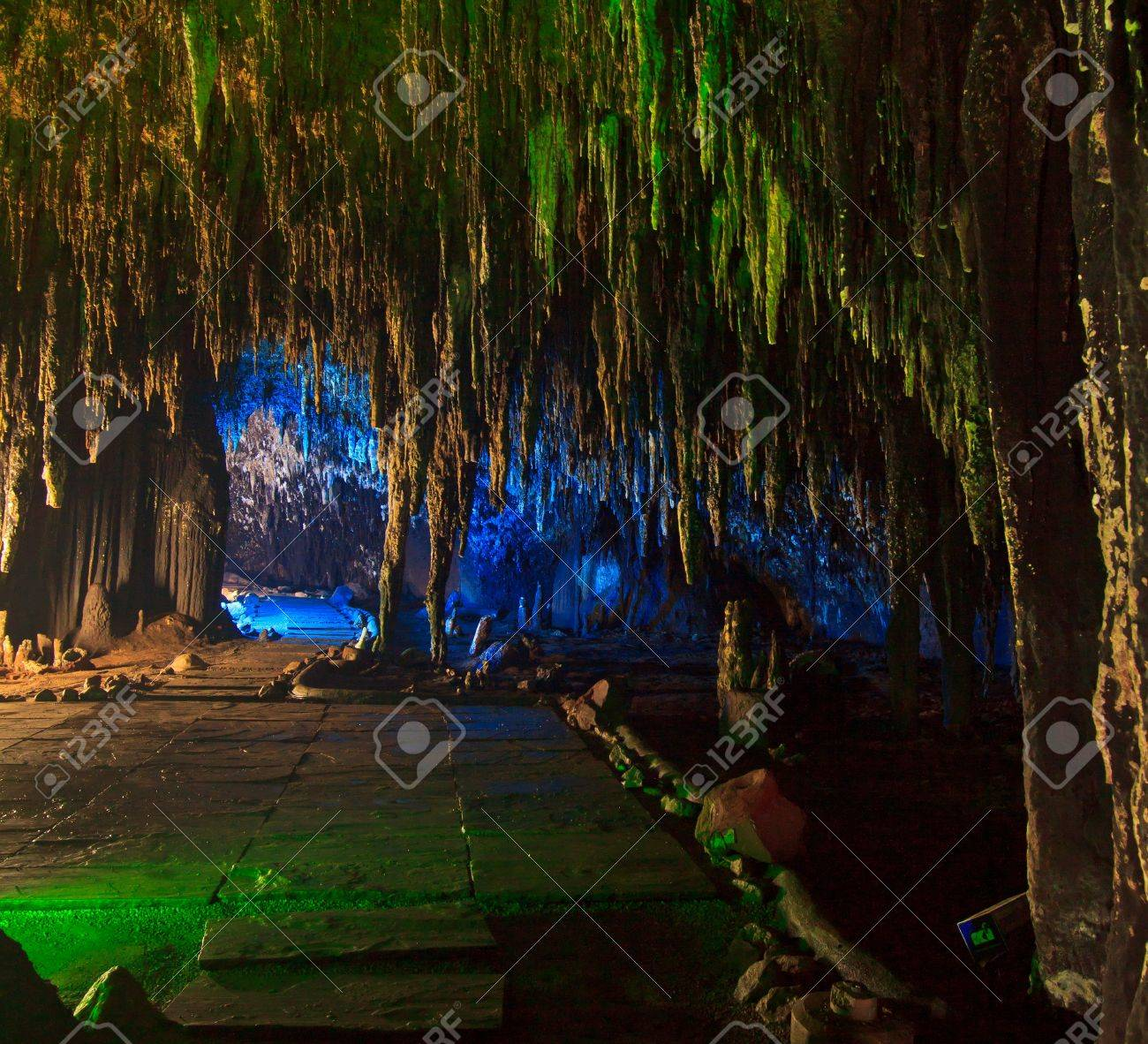 Beautiful caves in National park thailand Stock Photo - 16321415