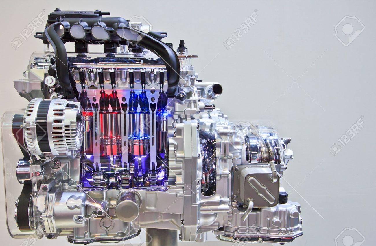New engine new car Stock Photo - 19040724