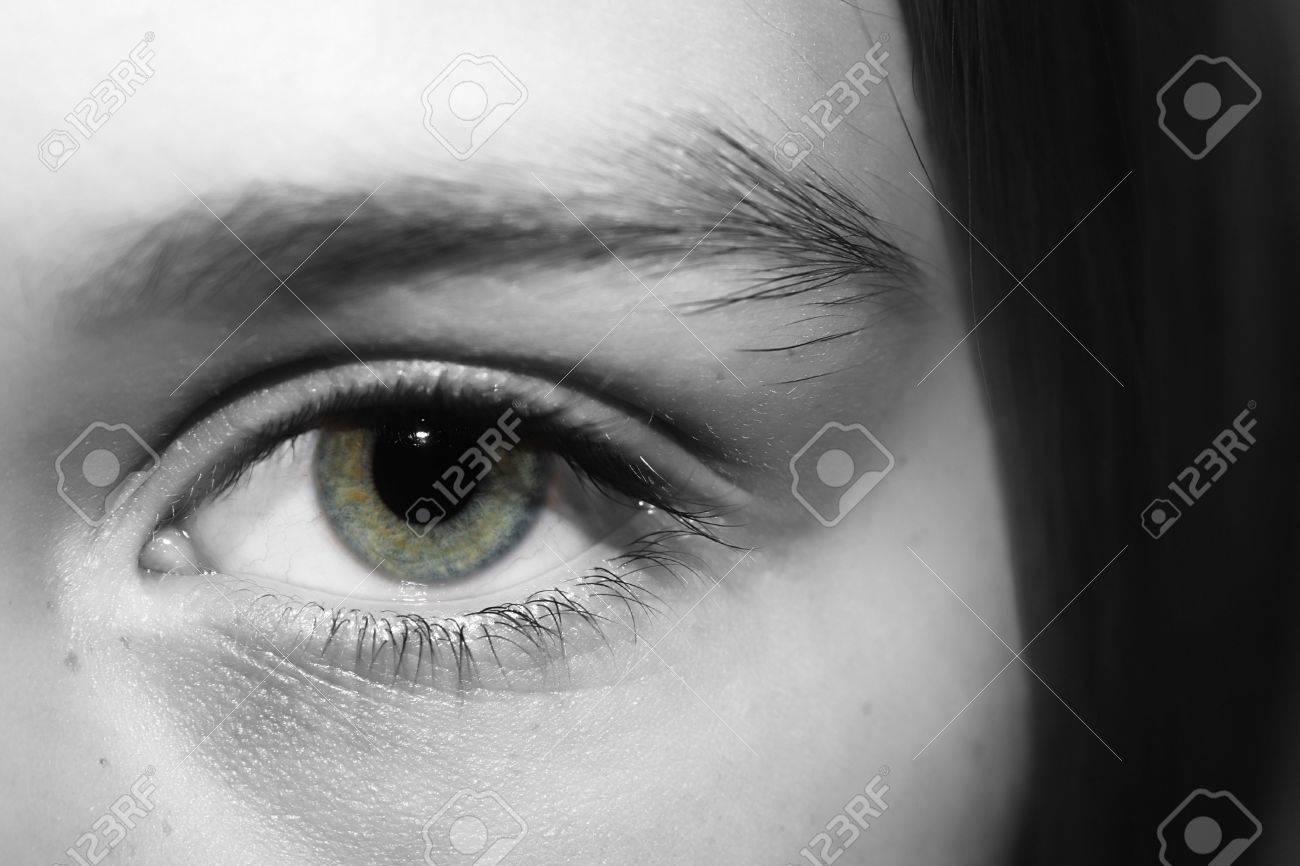 Ein Schwarz Weiss Umwandlung Einer Personen Auge Mit Einer Schicht