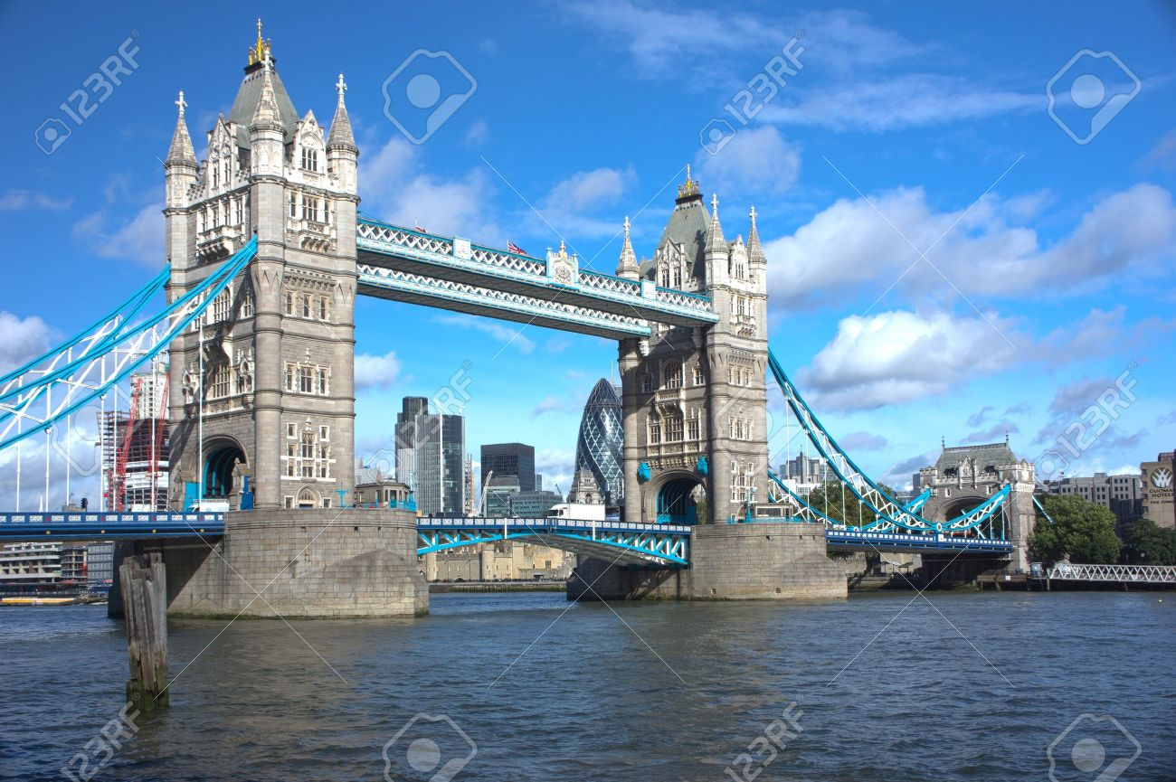LONDON - SEPTEMBER 25.  Tower Bridge, one of the most iconic bridges over the River Thames, on September 25, 2012 in London, United Kindom.  Stock Photo - 15394964