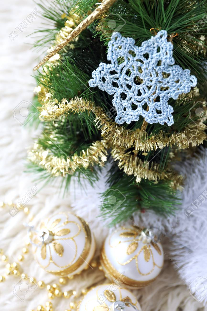Neujahrs Zusammensetzung Hakeln Schneeflocke Und Christbaumschmuck