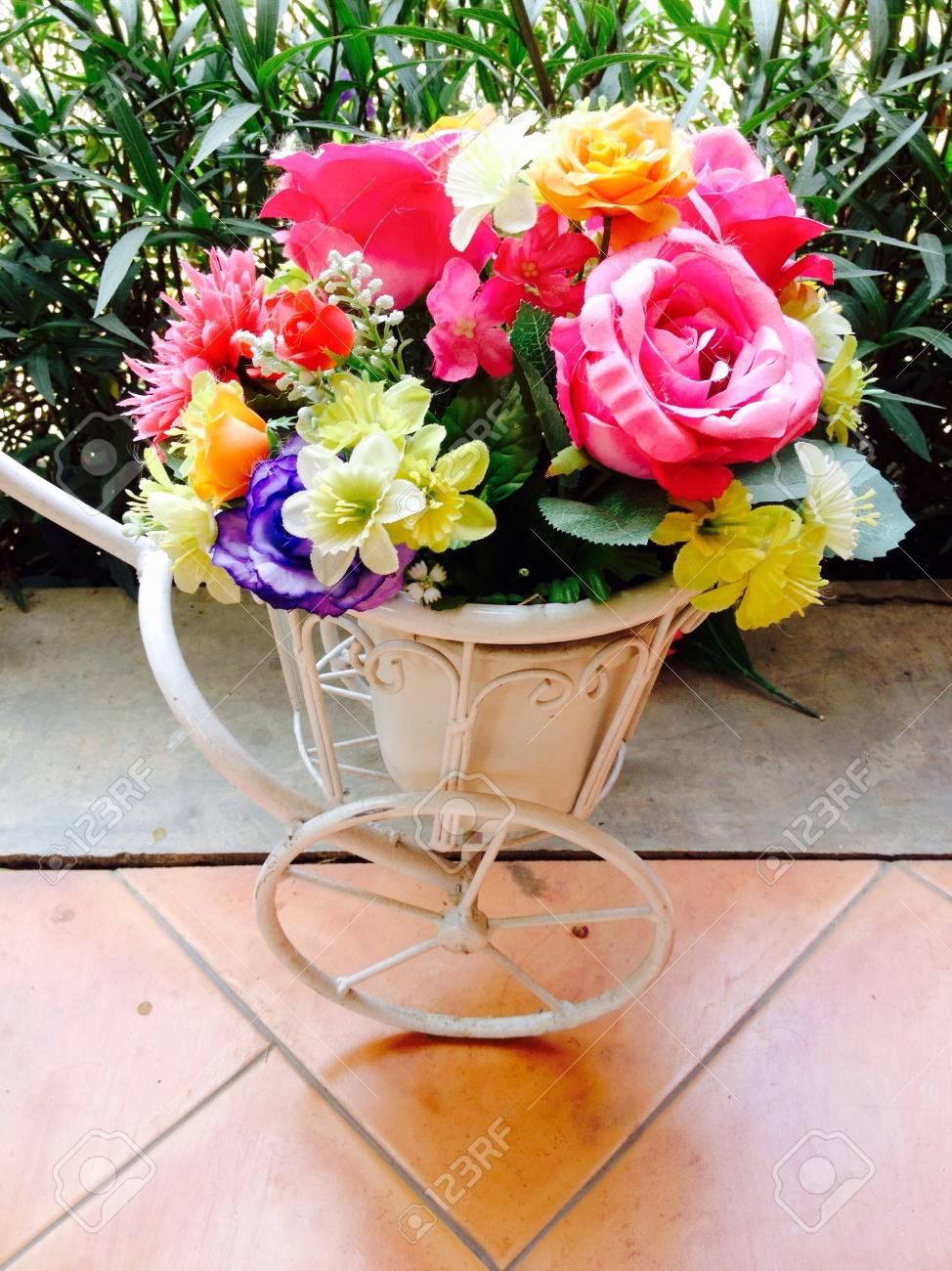 Wunderbar Lebensmittelfarbe Und Blumen Fotos - Druckbare Malvorlagen ...