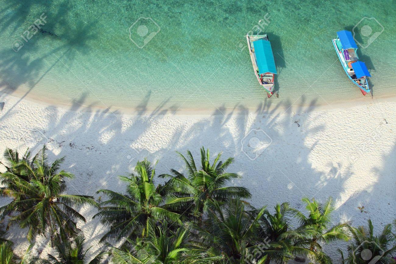 High angle shot of a tropical paradise beach Stock Photo - 20309185