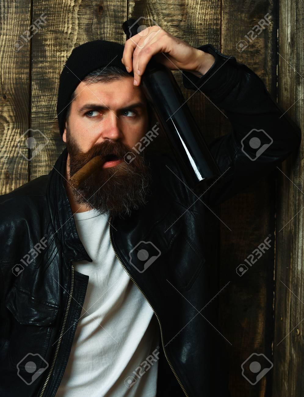 Hombre Barba Brutal Sin Barbudo Serio Barniz Caucásica Larga wUHxzqrw