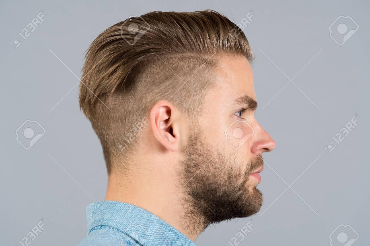 Corte de cabello tipo barber