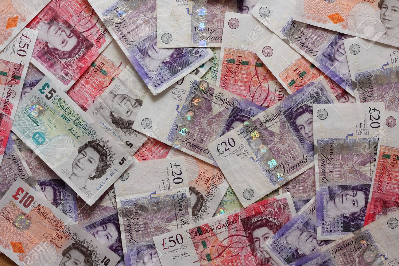 Mix of british pound sterling banknotes Stock Photo - 21426670