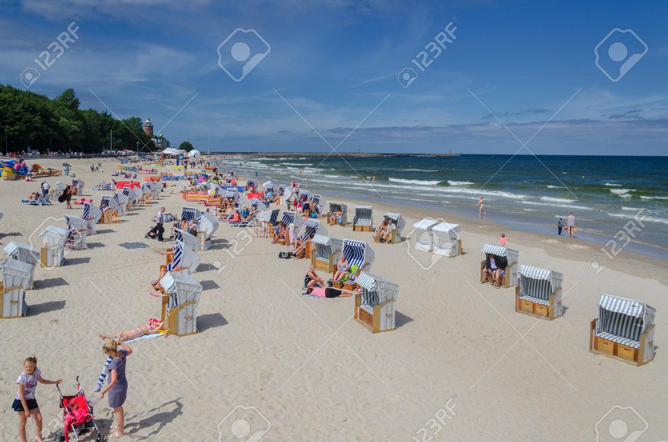 KOLOBRZEG, WEST POMERANIAN / POLAND: Holiday on the Baltic Sea beach - 81827945