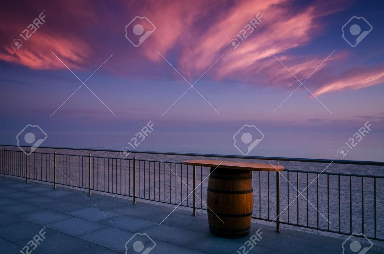 SUNRISE OVER THE SEA - Morning on the seashore - 169540995