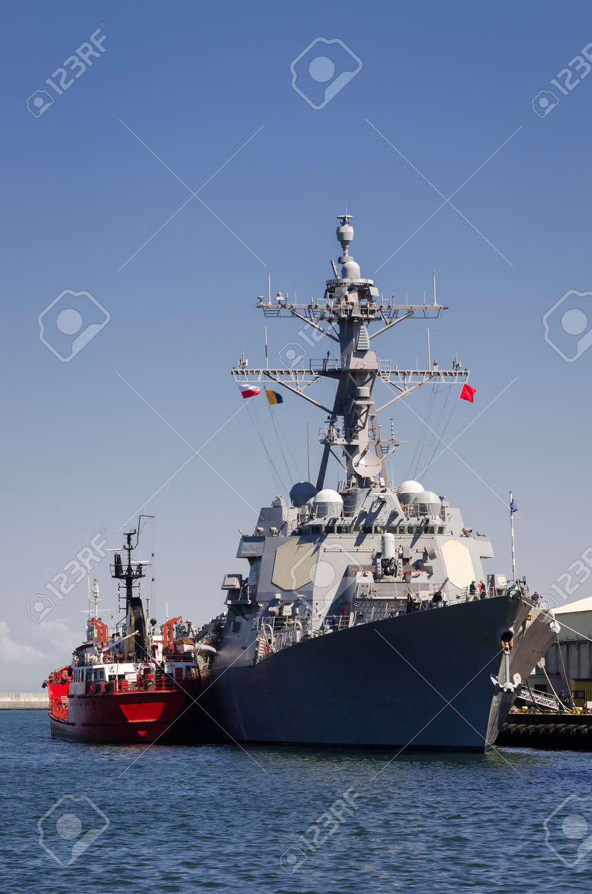 WARSHIP - US Navy guided missile destroyer moored at the seaport wharf - 170293106