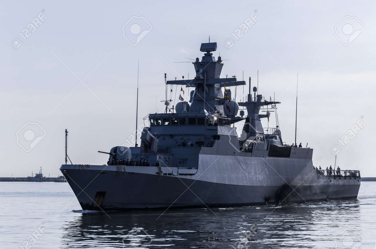 WARSHIP - A German Navy corvette is maneuvering in a port - 170697099