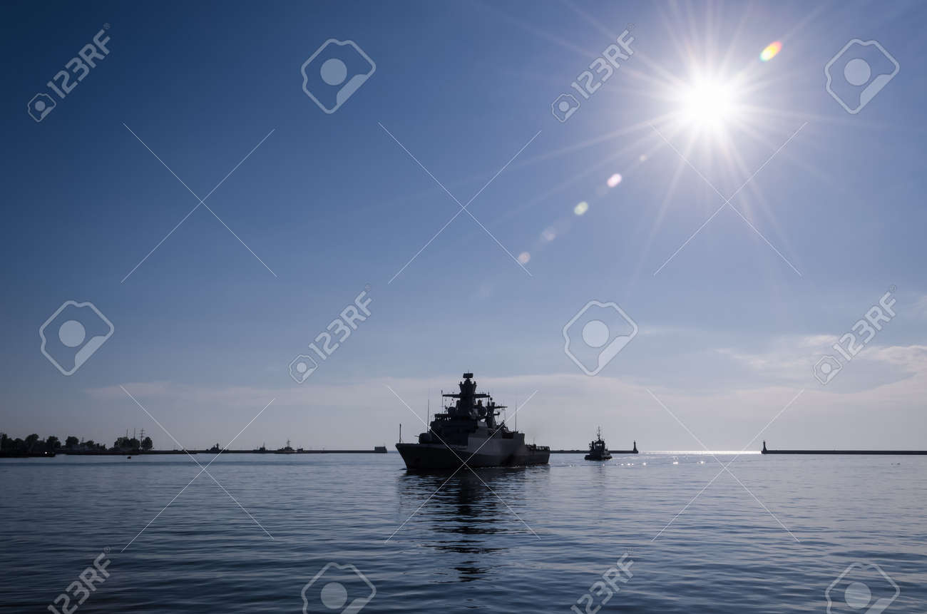 WARSHIP - A German Navy corvette is sails to the port - 170697103