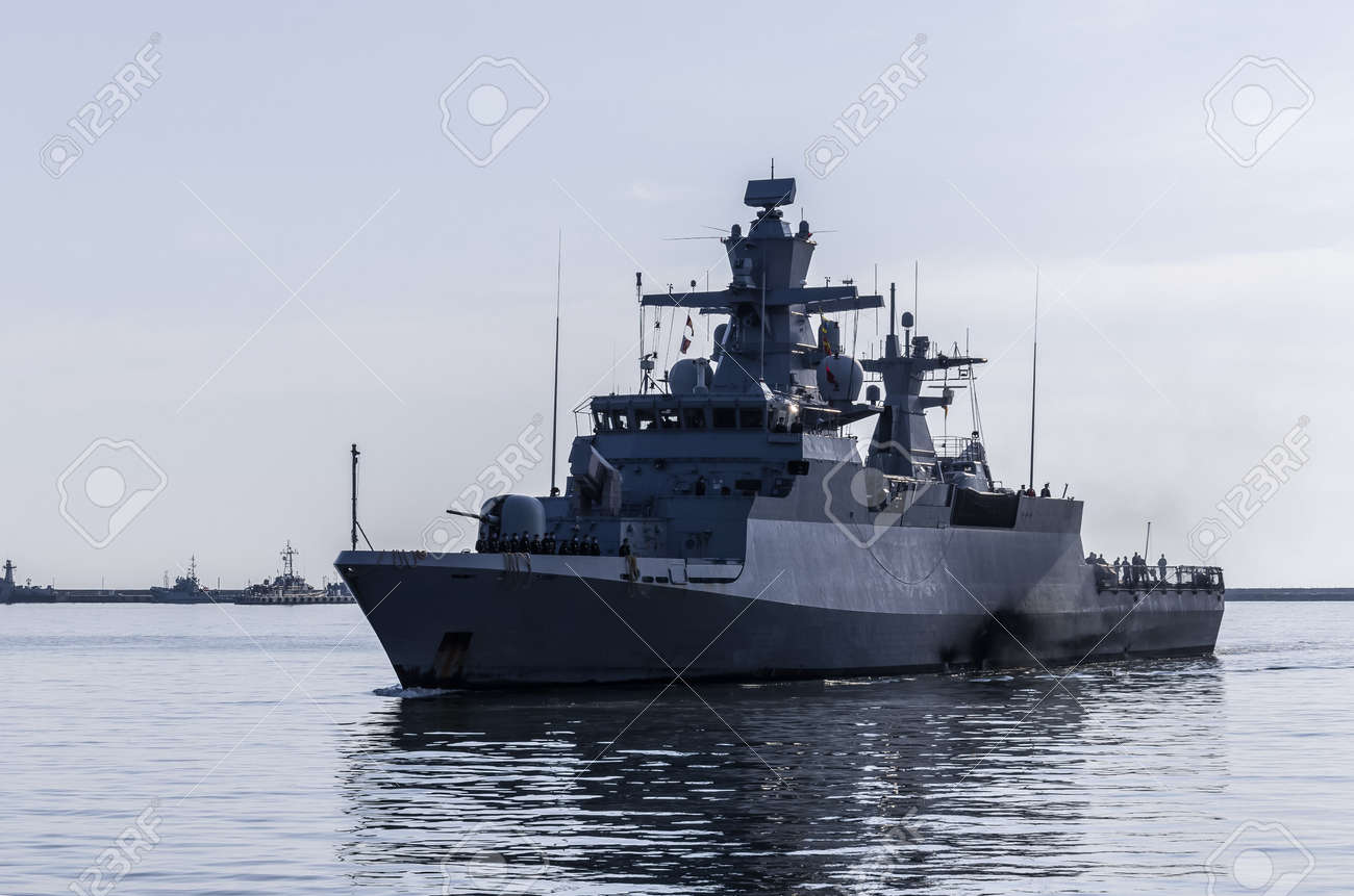 WARSHIP - A German Navy corvette is maneuvering in a port - 171005000