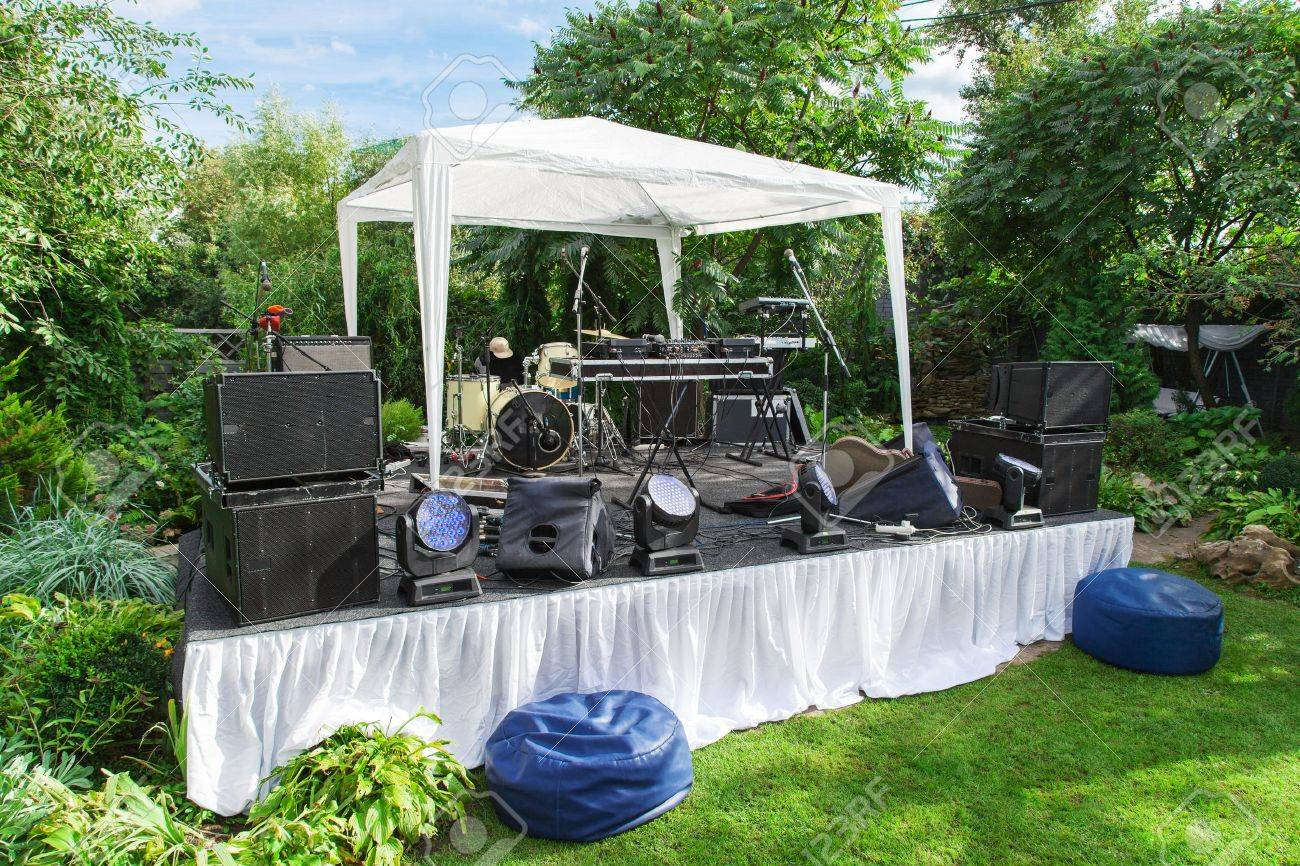 Scene for musicians perform at private party - 15257636