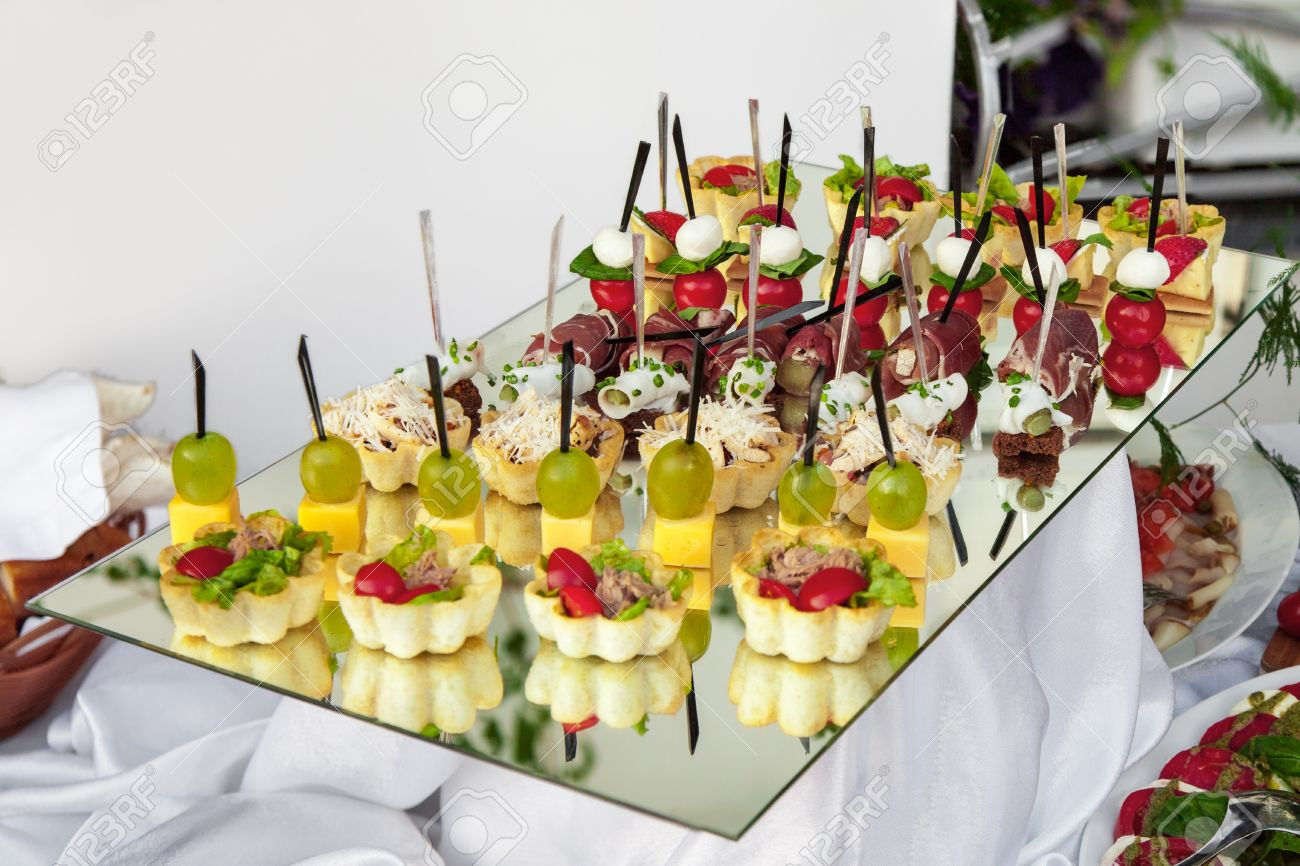 Delicious appetizer close-up Standard-Bild - 15257630