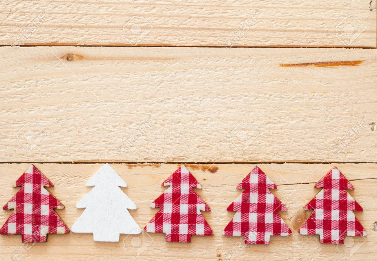rustic christmas background with red plaid christmas tree stok fotoraf 46006923 - Rustic Christmas Background