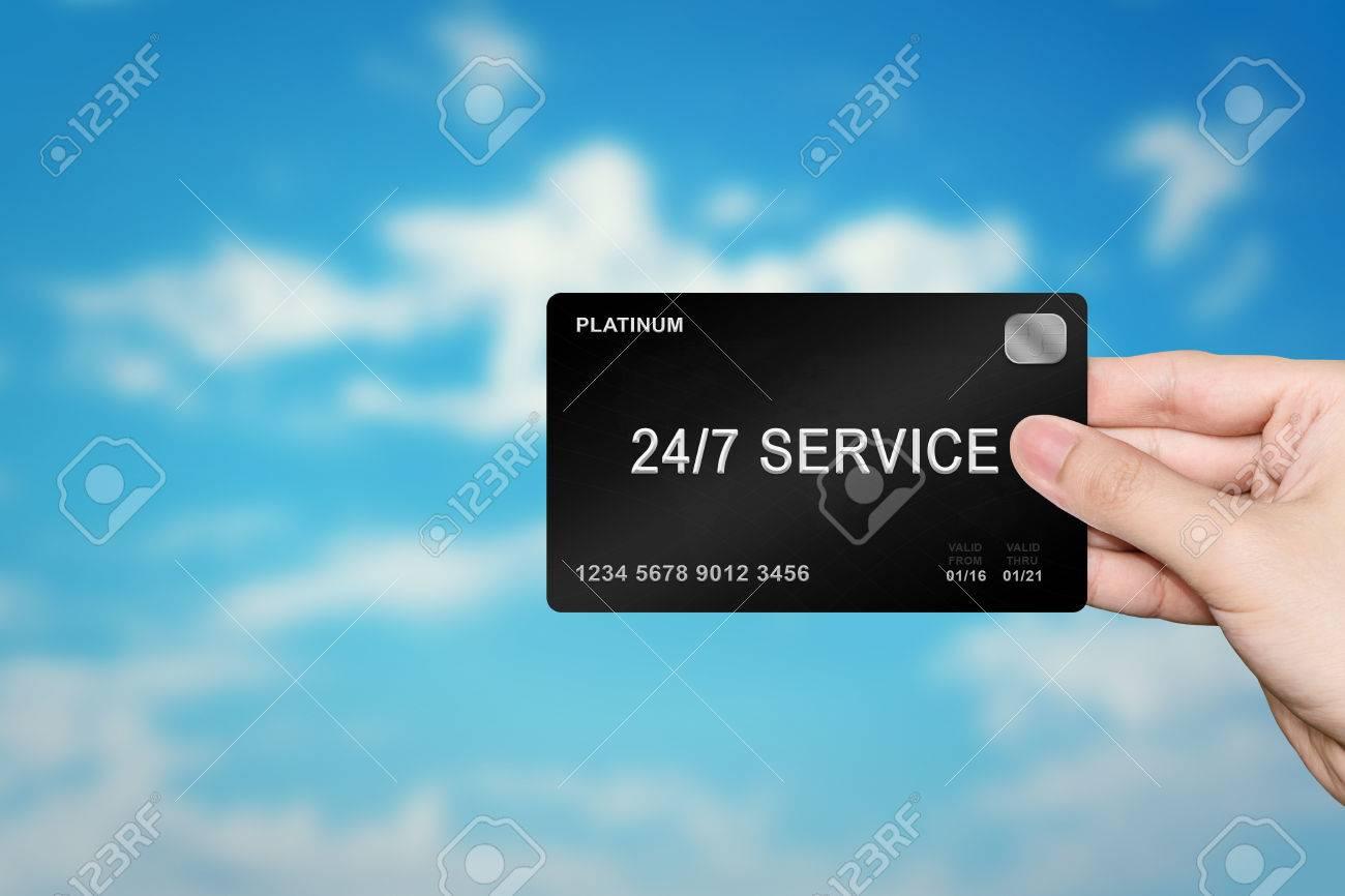 Rollins et toutes ces fausses transactions avec sa carte de crédit.