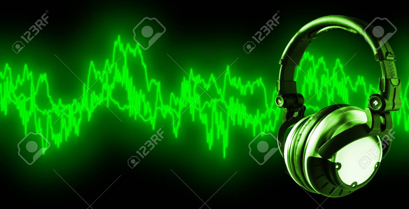 Listen To Music (+clipping path for easy placing your text behind the object if needed) Stock Photo - 732543