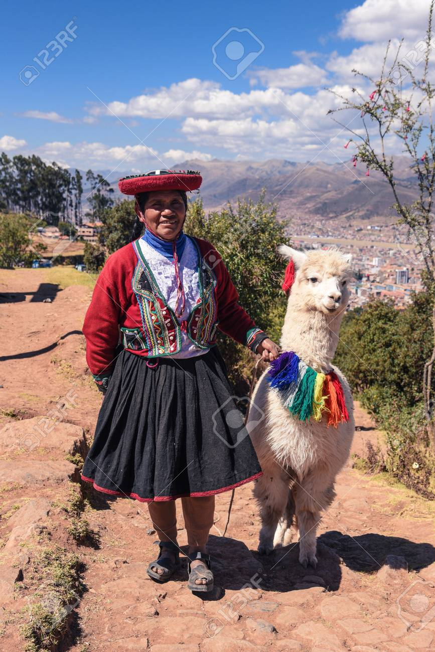 Cuzco/Peru- 07.11.2017: Peruvian Local Woman With Lama In Cuzco.. Stock  Photo, Picture And Royalty Free Image. Image 107119132.