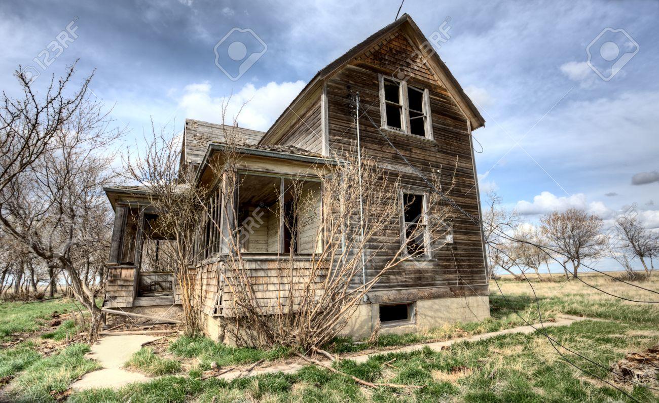 Exterior Casa Abandonada Prairie Saskatchewan Canadá Fotos, Retratos ...