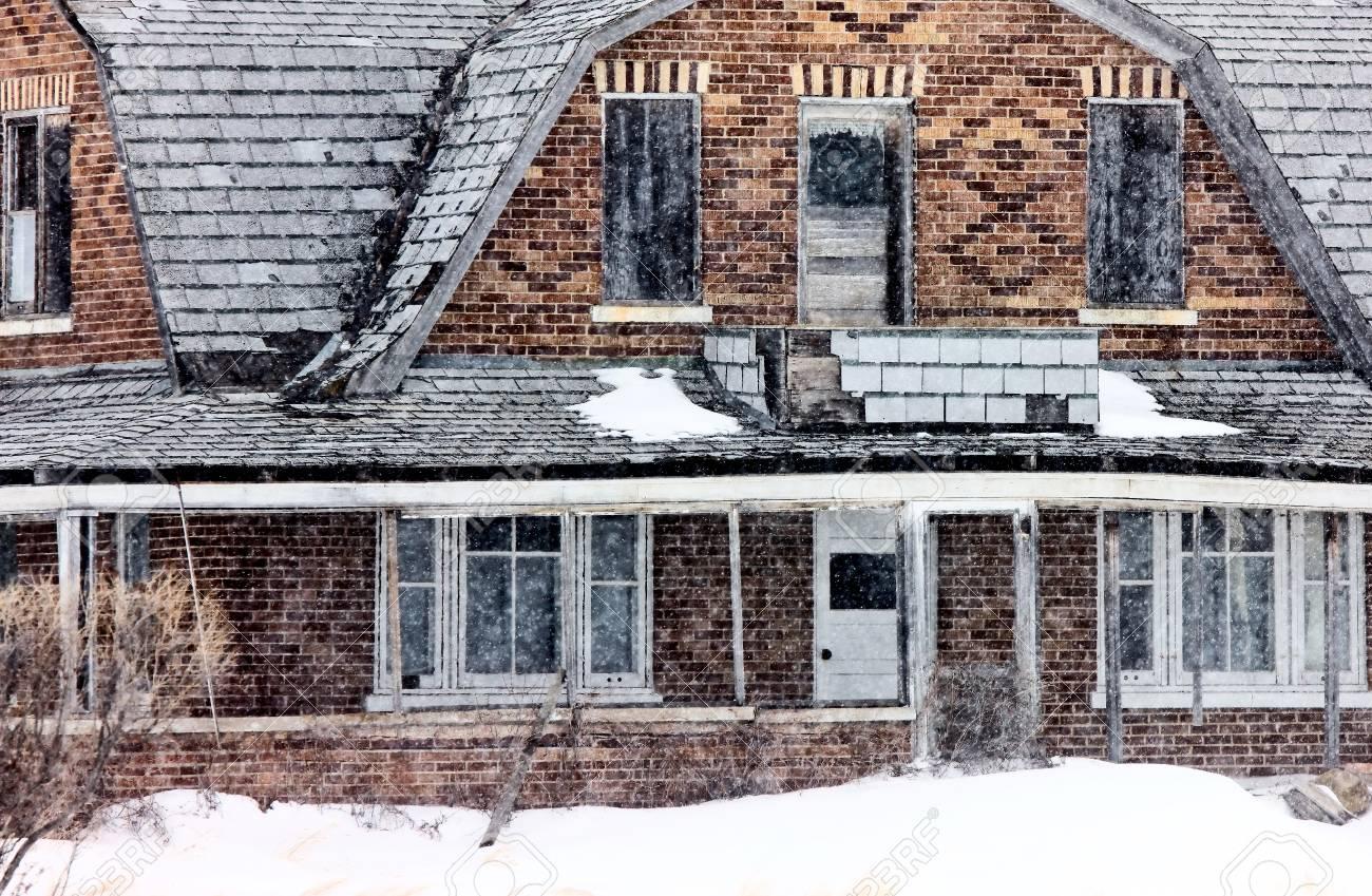 Abandoned Farm House in Saskatchewan Canada rundown