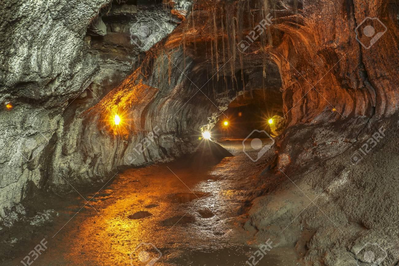 チューブ 溶岩