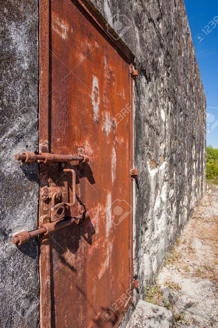 Old rusty lock of penal colony Stock Photo - 20365345