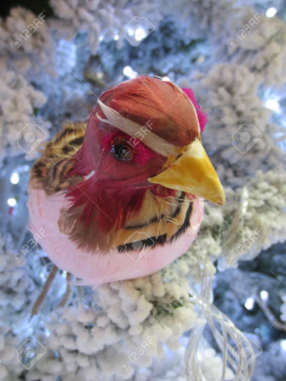 Oiseau Décoratif Banque D'Images Et Photos Libres De Droits. Image on