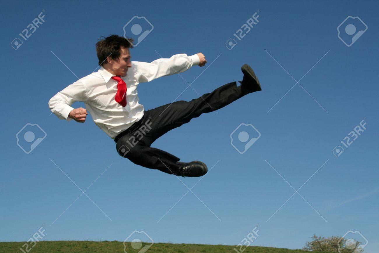 Прыжок в каратэ фото 7