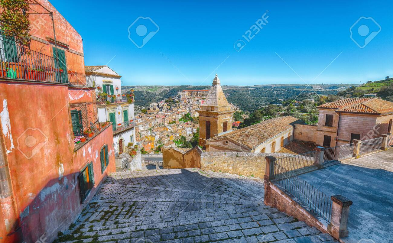 Sunrise at the old baroque town of Ragusa Ibla in Sicily. Ragusa Ibla cityscape at day in Val di Noto. Ragusa, Sicily, Italy, Europe. - 128876351