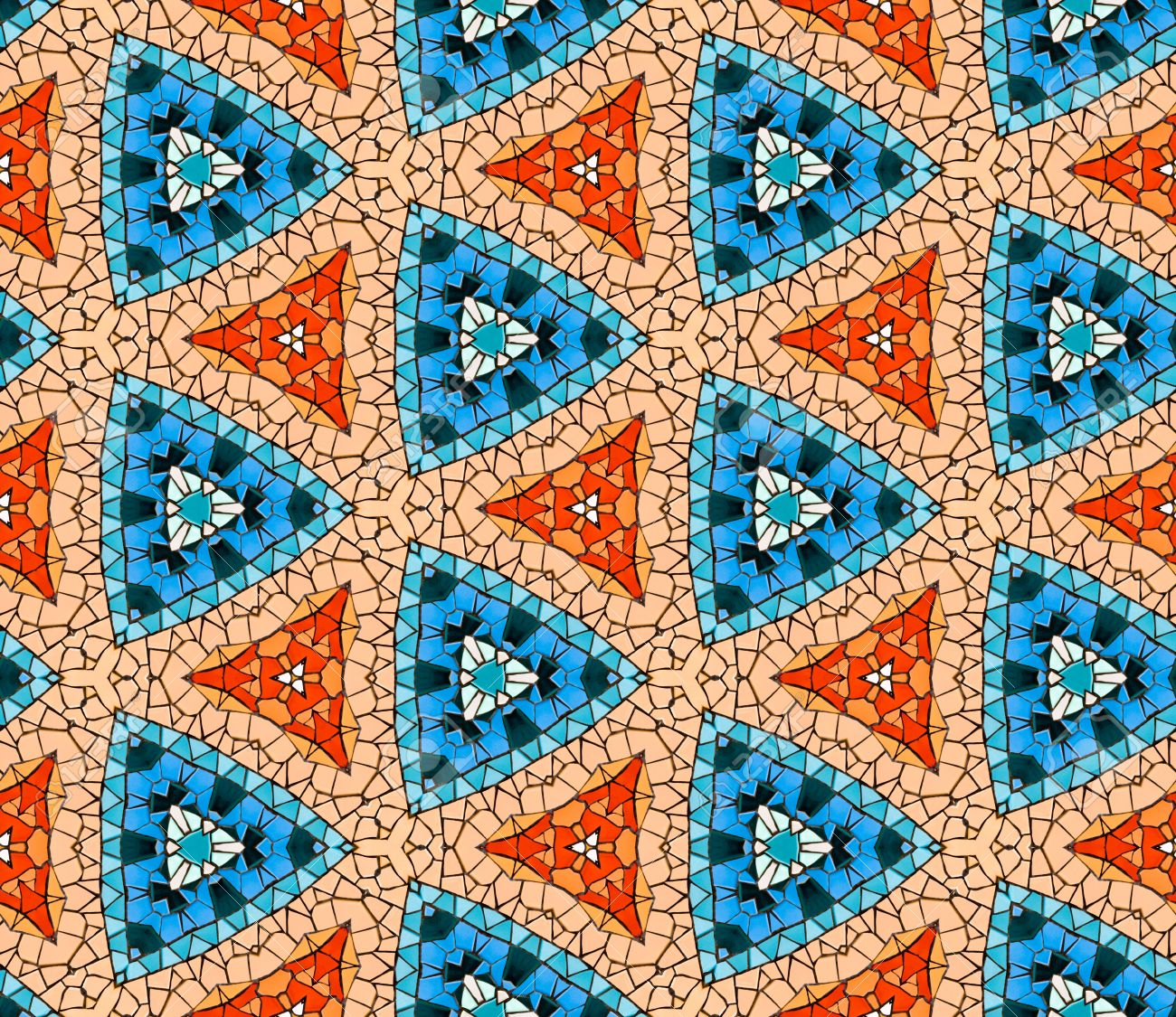 nahtlose gefliesten mosaik muster von kaleidoskopischen vernderten sechseckige echte keramische fliesen angeordnet bunten dreieck formen - Mosaik Muster