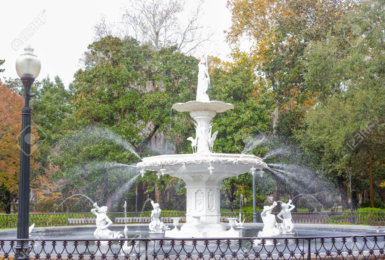 famous american architecture. Brilliant Famous Forsyth Park Fountain Famous American Architecture History Landmark In  Historic District Of City Savannah And Famous Architecture R