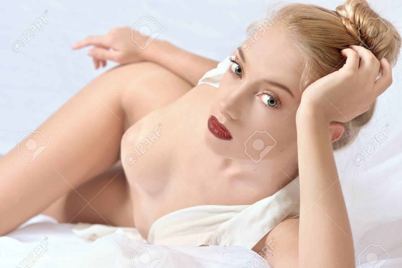 Young thai porno