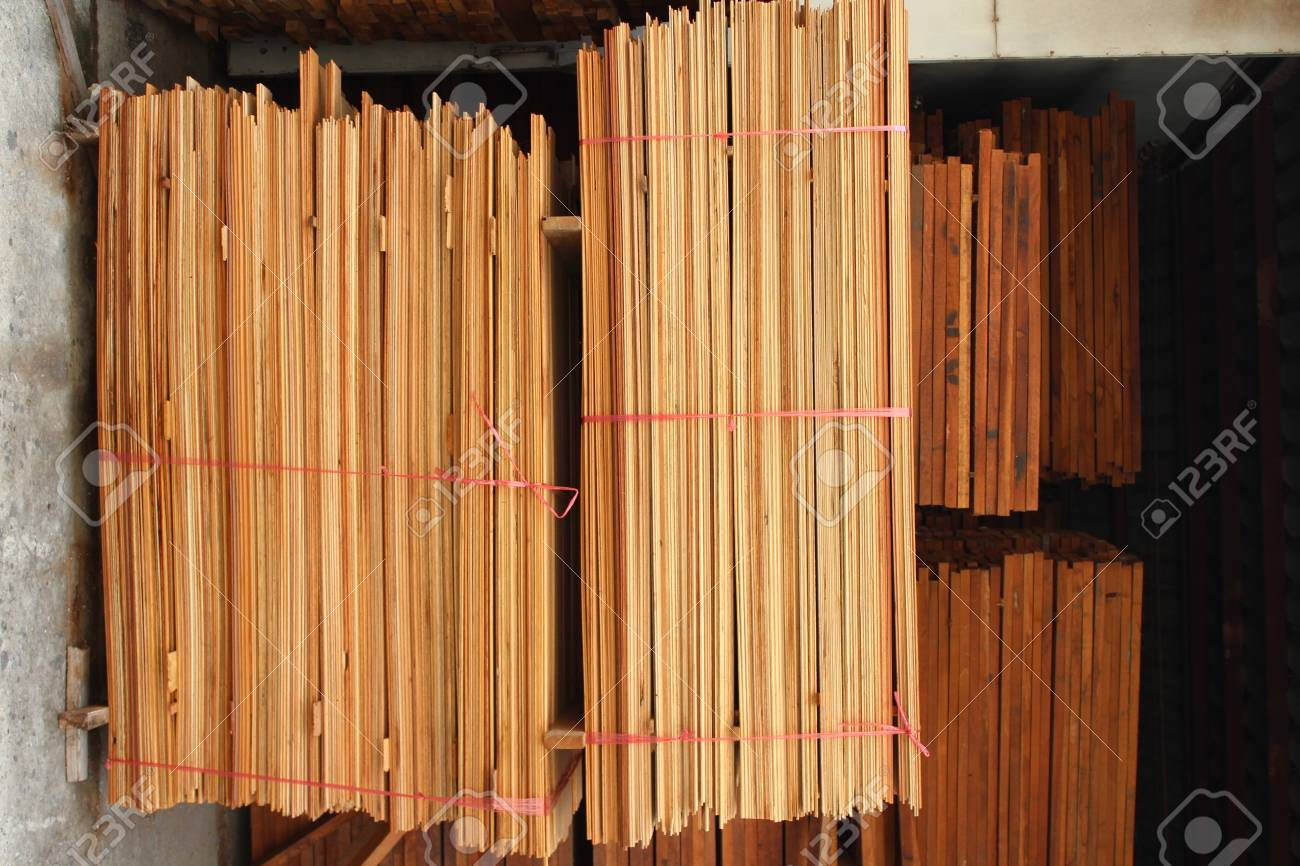 A pile of wood Stock Photo - 16139917