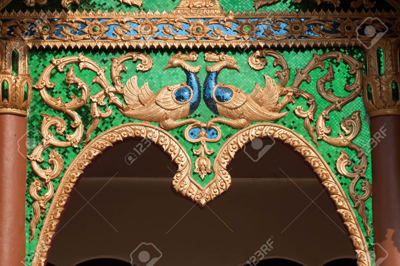 Arch of Thai temple door Stock Photo - 13271676 & Arch Of Thai Temple Door Stock Photo Picture And Royalty Free Image ...
