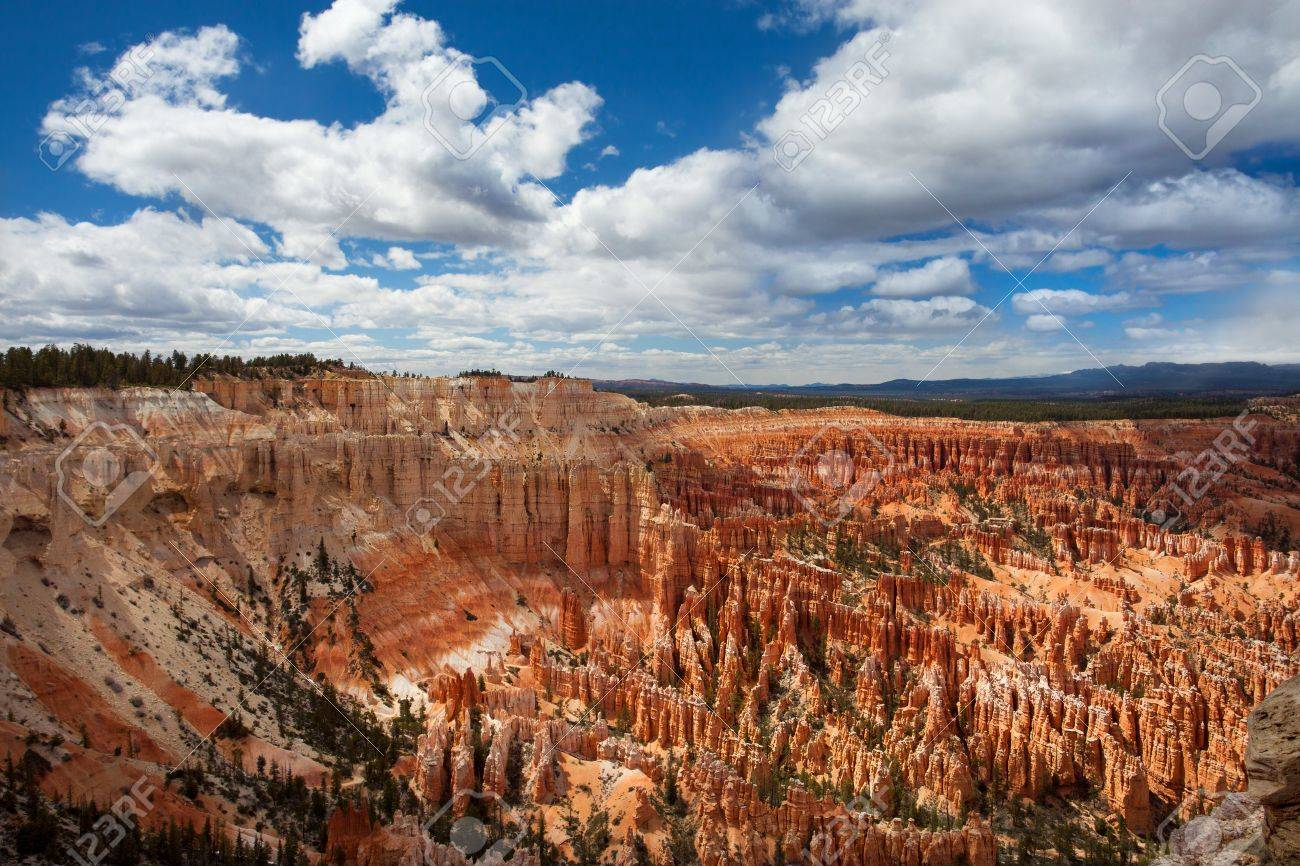 Bryce Canyon National Park Horizontal Stock Photo - 15848640