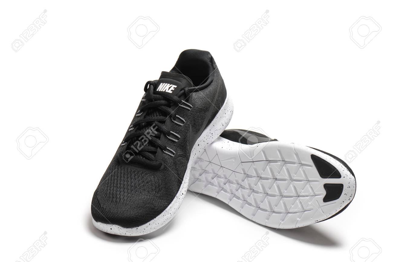 chaussure nike free 2017