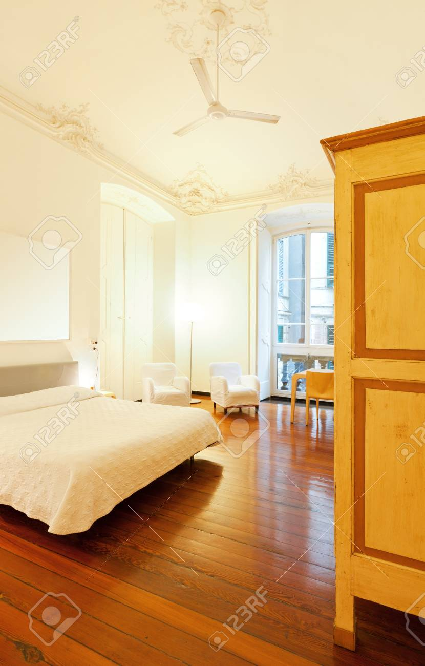 Hotel room, bed room Stock Photo - 20776800