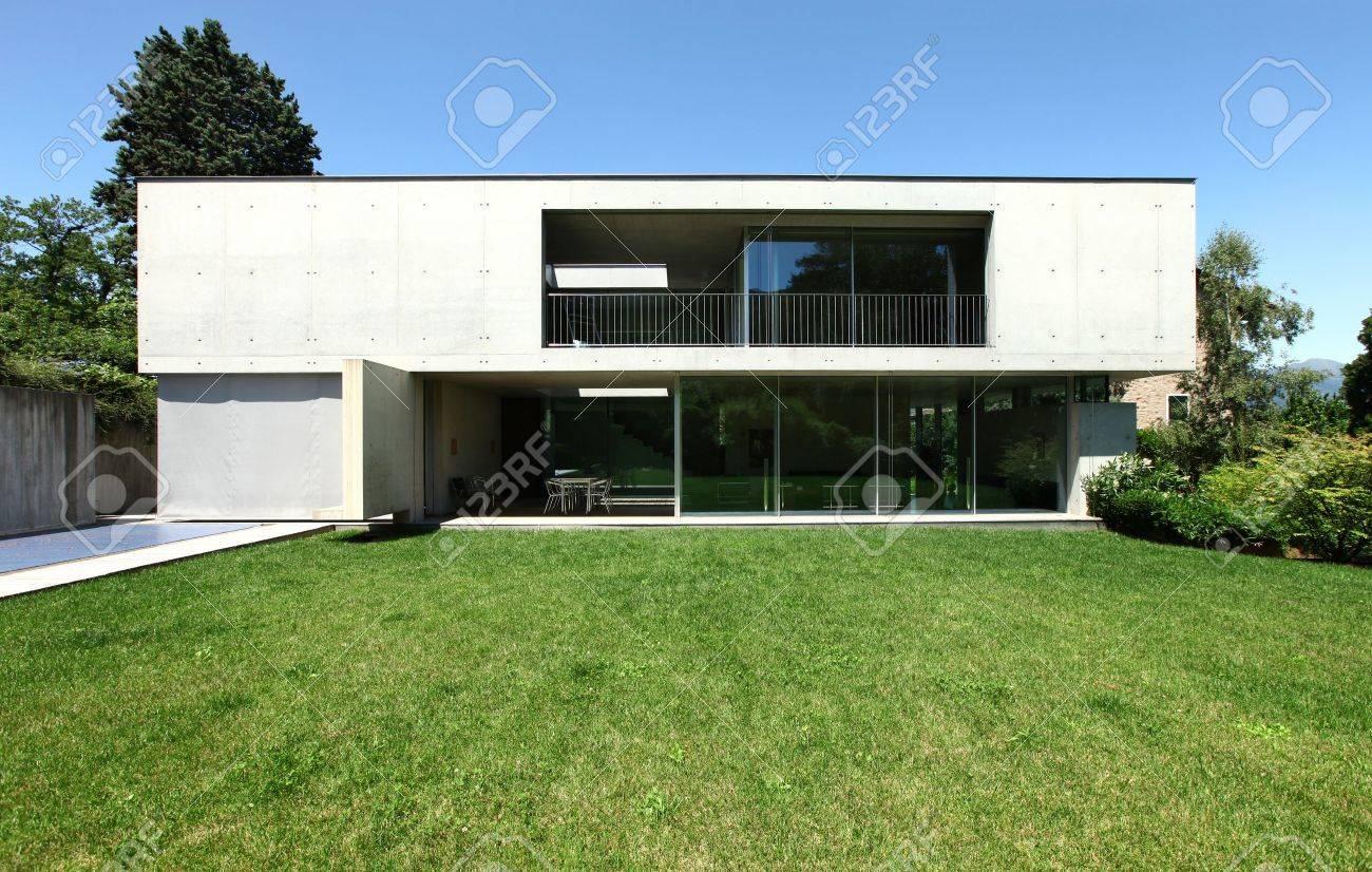 Maison moderne et jardin beauté
