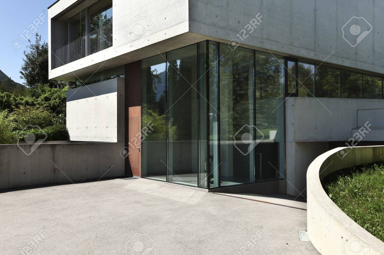 ntrance Of Modern House In Beton Stock Photo, Picture nd ... - ^