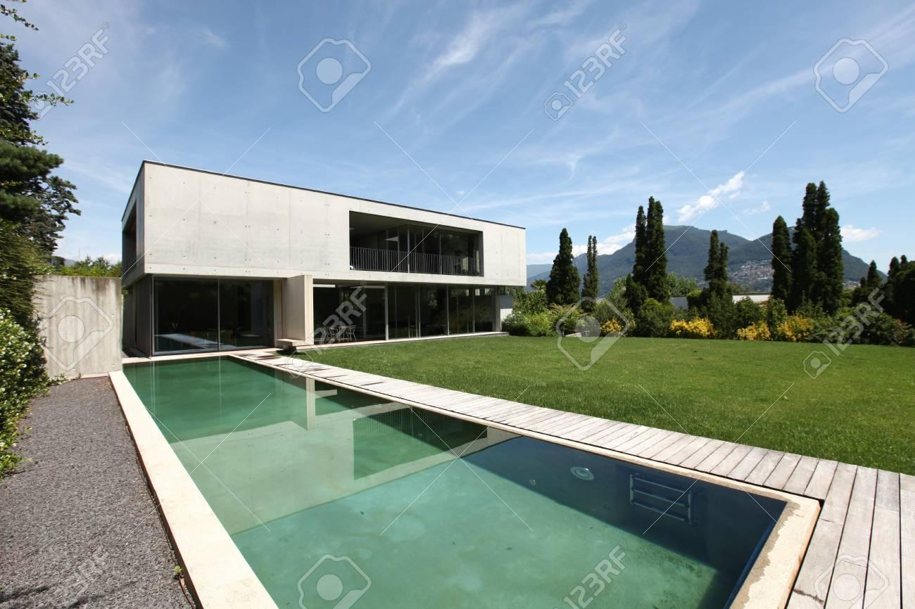 Extérieure, Maison Moderne Avec Piscine Banque D\'Images Et Photos ...
