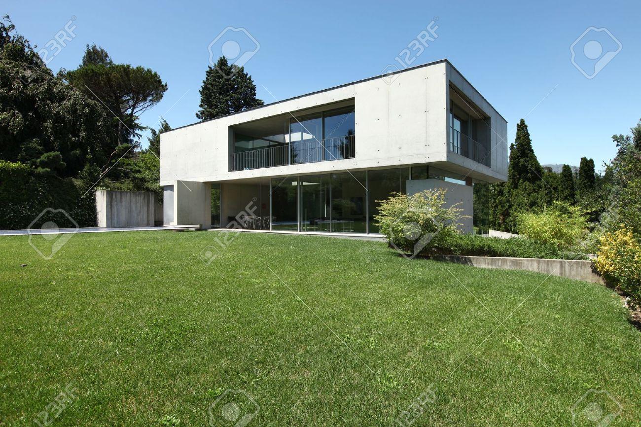 Maison Moderne A L Exterieur Le Jardin De Beaute