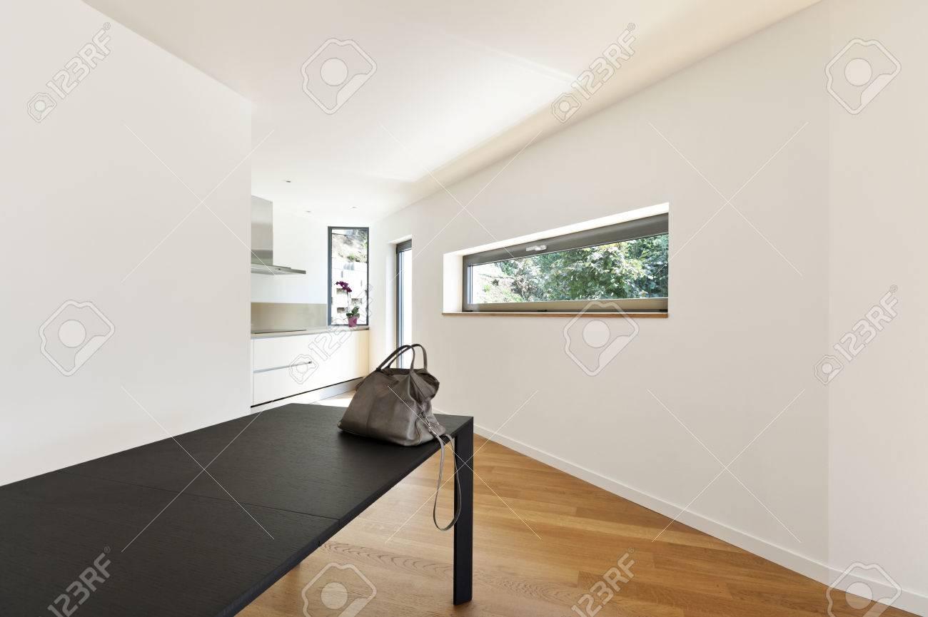 Interieur Maison Moderne Salle Vide Avec Le Tableau Noir Banque D
