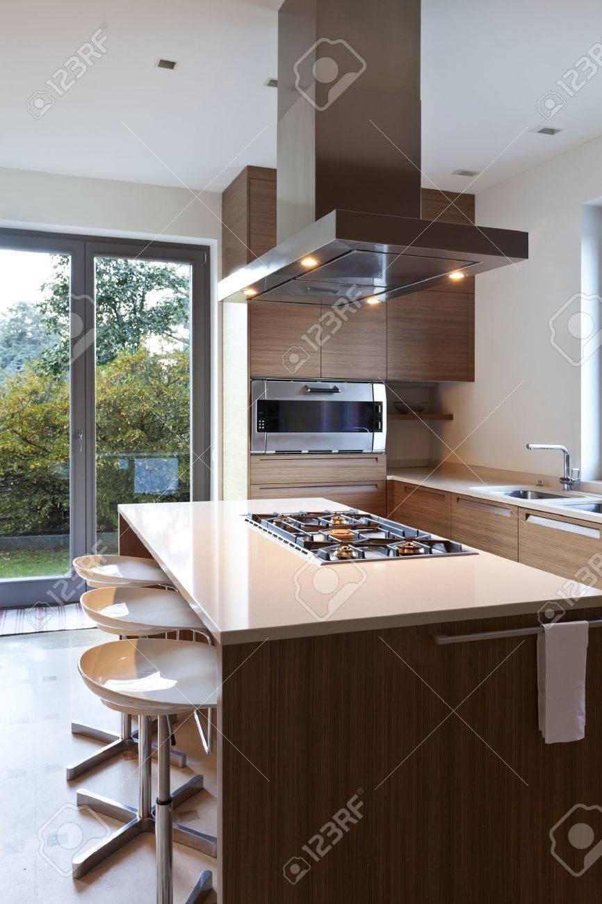 beautiful apartment, interior, kitchen Stock Photo - 24934202