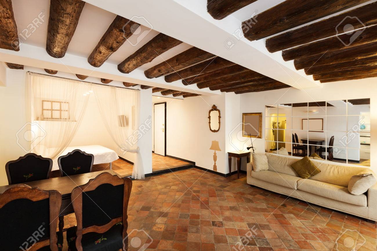 bel appartement classique intrieur sol en terre cuite banque dimages 27120480