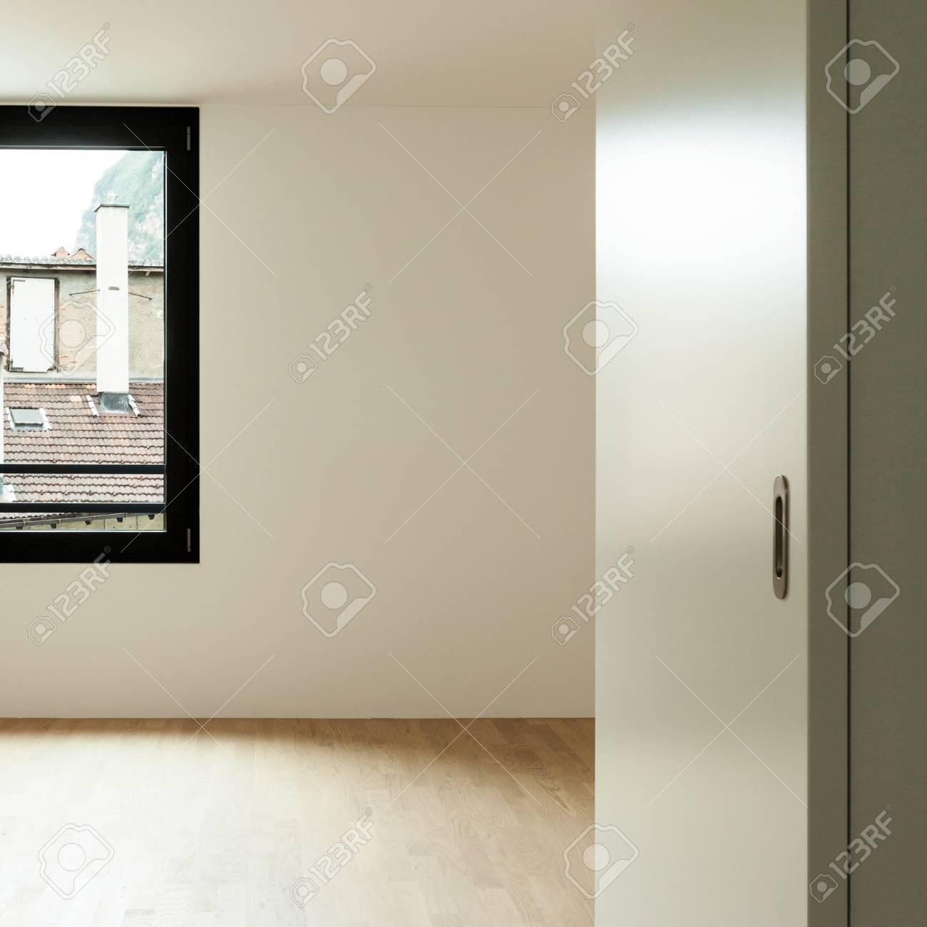 Innen Neues Haus, Zimmer Blick Von Tür Offen Lizenzfreie Fotos ...