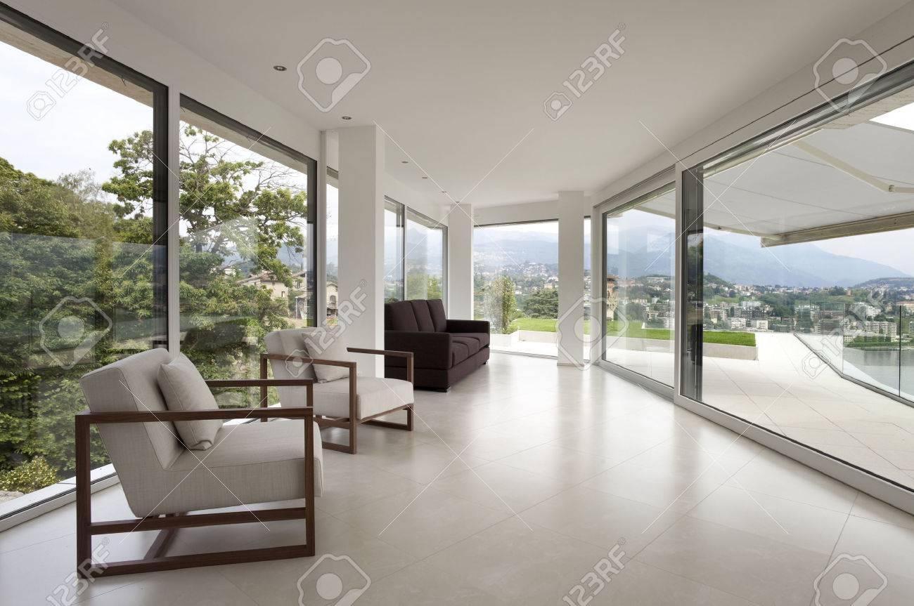 Intérieur maison moderne vide