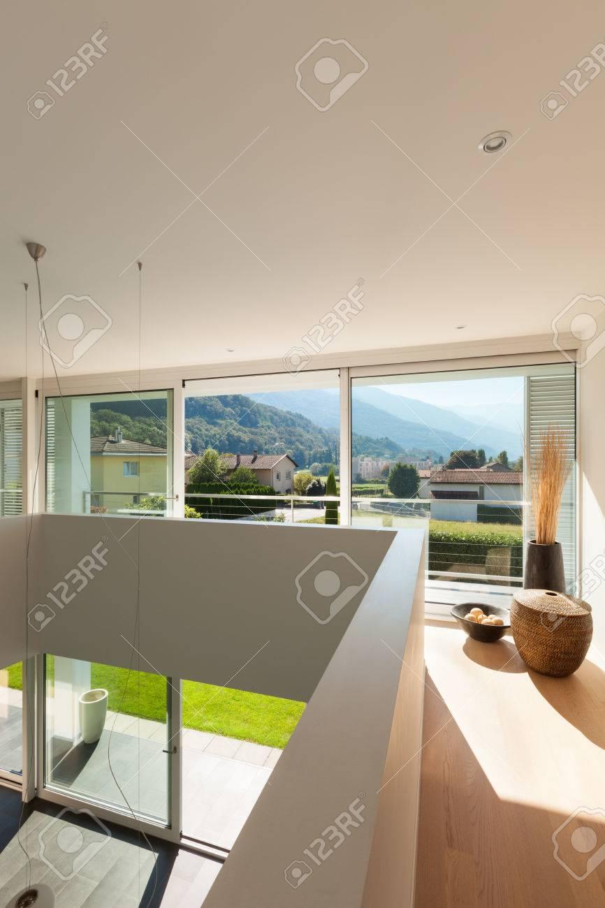 Moderne Villa, Interieur, Schöne Aussicht Lizenzfreie Fotos, Bilder ...