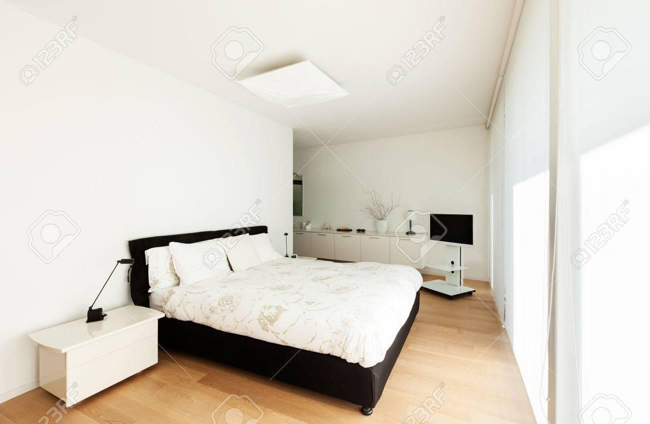 moderne villa, inneneinrichtung, ausblick schlafzimmer lizenzfreie, Schlafzimmer entwurf